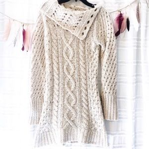 Free people M sweater cable knit split cowl neck